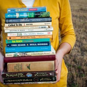 花田菜々子さんがおすすめの本を選び出す?『出会い系サイトで70人と実際に会ってその人に合いそうな本をすすめまくった1年間のこと』を読んで。