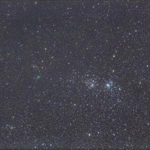 1年前パスターズ、二重星団へ接近中
