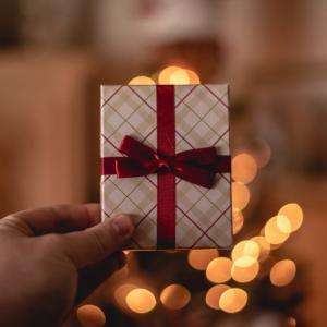 【元銀座クラブキャストが選ぶ】メンズコスメのプレゼント3選|クリスマスや誕生日におすすめ