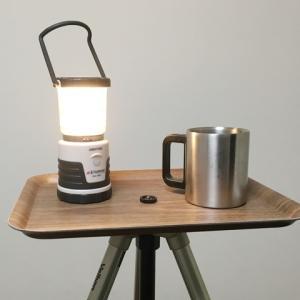 三脚に天板を乗せて、アウトドア用テーブルを作る。材料費は200円+α也