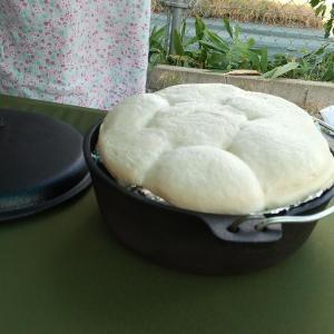 焼き立てのパンの美味しさに誘われてみませんか?