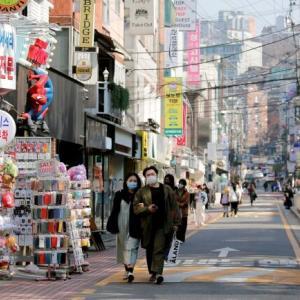 韓国人「韓国の30代男性の定番スタイル」