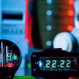 レトロな未来が腕に灯る…ソ連製ニキシー管腕時計ブランドがVFD管と共にパワーアップして帰ってきた!