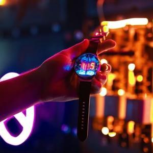 ニキシー管が美しいNIXOIDの最新作、世界初のデュアルコア・ニキシーウォッチがローンチ!