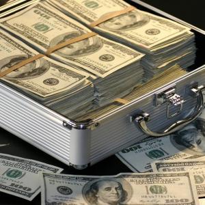 銀行がお金を貸したいのは事業の安定性のある会社!?
