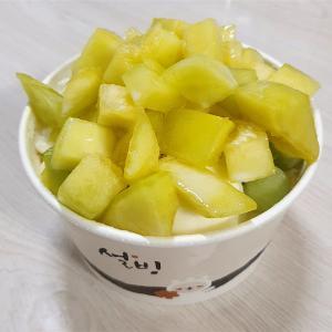毎年食べる超ド定番!メロンたっぷりの韓国かき氷をデリバリーした結果!
