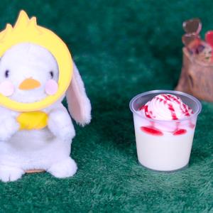 【苺ホイップのミルクプリン】セブンイレブン 2月25日(火)新発売、セブン コンビニ スイーツ 食べてみた!【感想】
