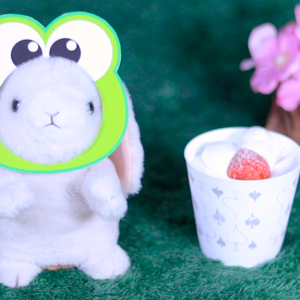 【CUPKE とろけるクリームの苺ショート】ローソン 7月7日(火)新発売、LAWSON コンビニ スイーツ 食べてみた!【感想】