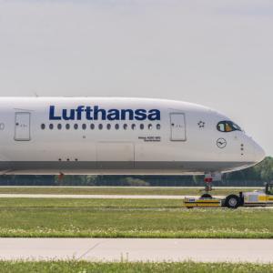 ルフトハンザ航空ビジネスクラス シンガポール発バルセロナ行きが安い