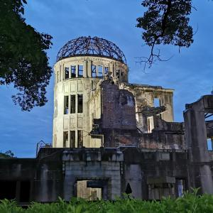 朝を歩く〜原爆ドームと広島の朝