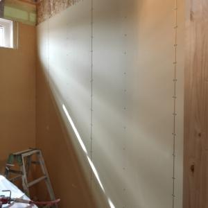 《着工202日目》子供部屋の壁