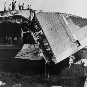 米海軍第38任務部隊の台風による遭難その2(2)