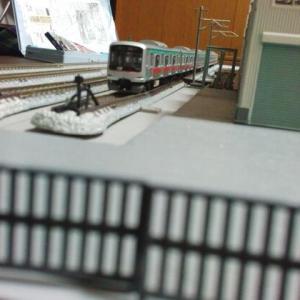 【グリーンマックス車輛修理工場】 検車区のジオラマ8