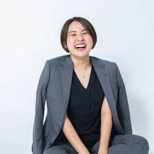 シオリーヌ(大貫 詩織)×性教育YouTuberの壮絶な過去体験から現在の活動を解説!