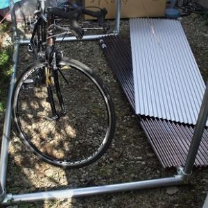 単管パイプで自転車庫 その2