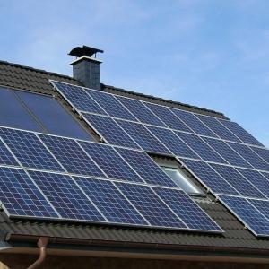卒FIT後の太陽光余剰電力買取の比較検討【事例紹介】