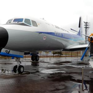 但馬空港の化粧直しを終えたYS-11とエアロコマンダー&ジェットストリーム