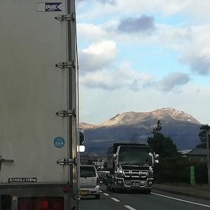 #363 Mt. Usu and Mt. Showashinzan 一昨々日の有珠山と昭和新山