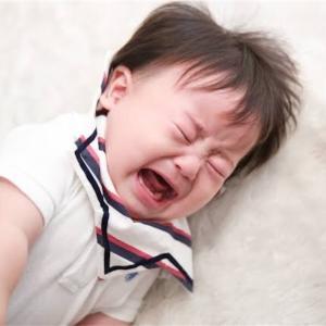 乳児、幼児が奇声を上げる理由!理由と対処法を知って育児に役立てよう。