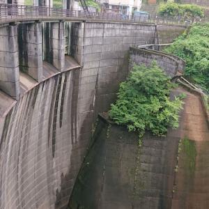 澄んだ水と飲める温泉の湧く『四万温泉』、そして中之条ダムから望む蒼く深い四万湖【群馬県 共同浴場】