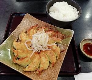 五味八珍のイベリコ豚浜松餃子