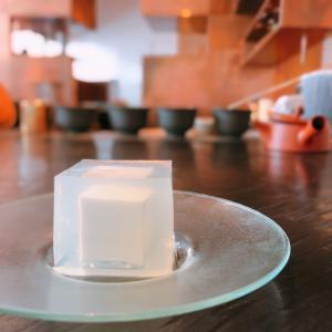 殿堂入りのお皿たち その283【櫻井焙茶研究所 の 氷室豆腐】