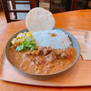 殿堂入りのお皿たち その592【幡ヶ谷 喫茶壁と卵さん の カレー】