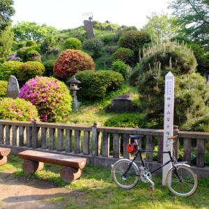 富士の麓にあった自転車店