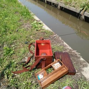 たなご釣り用に水箱入手しました