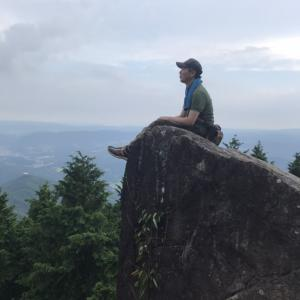 神秘の巨石を巡るツアー 是非、体験していただきたい自然があります!