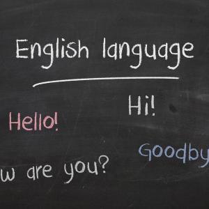 英語を話そうとしない日本人の脳は、世界へ対して上から目線なのでしょう。