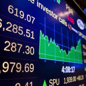 コロナ禍の中、日経平均株価が上がり続けるのか / 研究と人材、「2つの開発」に資金を投ずる必要あり