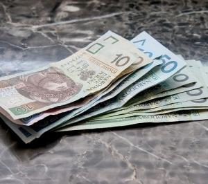 千円札に落書き!これって犯罪?汚れたお札や破れたお札の交換法は?