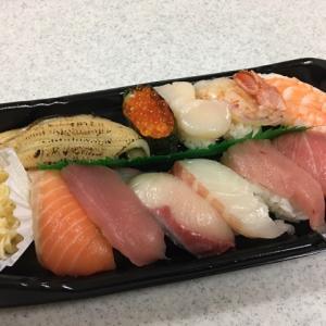 じーちゃん最後の夜は大好きなお寿司🍣