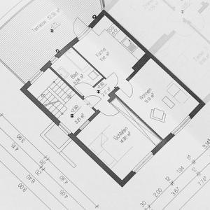 【ハウスメーカー別】新築平屋住宅の間取り解説!【平屋に住んで2年の私がチェック】