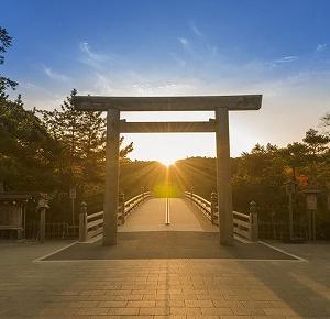 伊勢神宮は最強のパワースポットだった!参拝して仕事運が上がった体験談