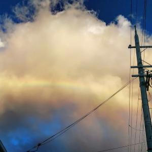 虹と中秋の名月