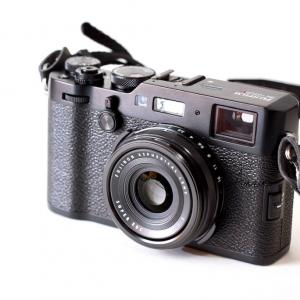 スナップカメラ、FUJIFILM X100Fでテザー撮影はできるのか