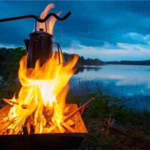 【キャンプ用ケトルの決定版】煤けたケトルはかっこいい!我が家のケトルはコレ!!