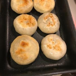 海老にら饅頭にチーズを入れてみたら美味しすぎてハマる人続出