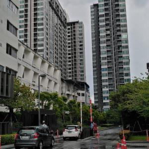 パタヤで初民泊 – The Base Central Pattaya