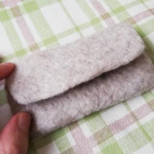 最近は石鹸水の羊毛フェルト