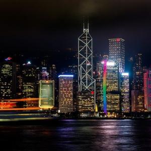 【香港株式市場】香港に不審な動き。国有企業の株式非公開化ラッシュが加速しているのはなぜ?次の非公開化株をゲットしよう!