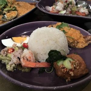 バンコクのベーシックタイ料理店 NARA