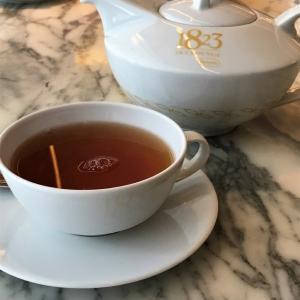 バンコクの中心で、ちょっぴり気取ってティータイム♬ 1823 Tea lounge by Ronnefeldt