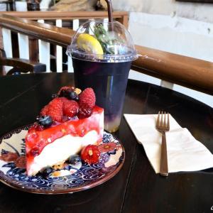 変わりゆくバンコクを体感できる街のレトロ調カフェ HATIEN CAFE