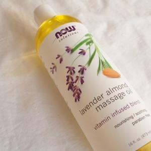 アイハーブの人気ブランド「Now Foods」やさしいラベンダーの香りで心も身体も癒やされマッサージオイル