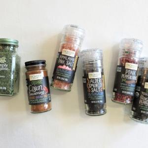 【iHerb*購入品紹介】オーガニックな調味料・スパイス編。パッケージがオシャレかわいい塩とか胡椒とか