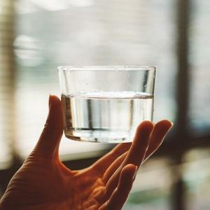 重曹水を飲む!癌も治す?程の驚くべき効果や作り方・飲み方も徹底解説。と、久々のちょいスピ