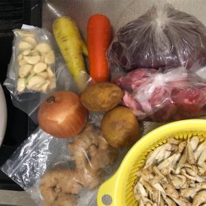 沖縄郷土料理 チムシンジ「豚レバーの味噌汁」